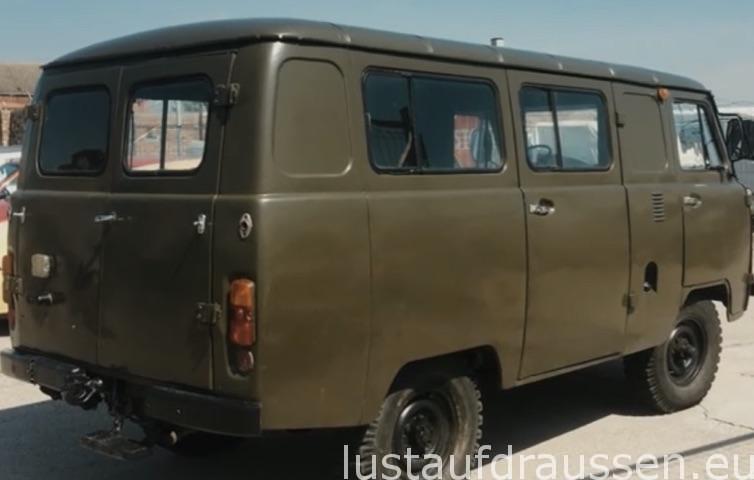 UAZ Buchanka 452